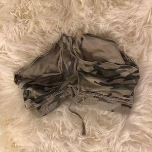Mossimo supply co camo shorts EUC